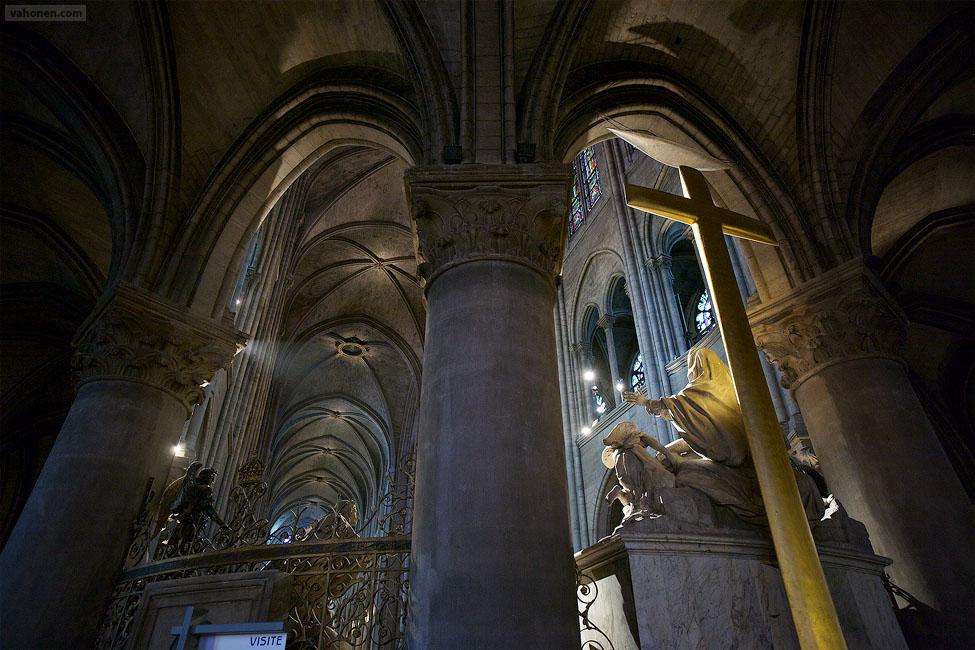 Paris Notre Dame 10